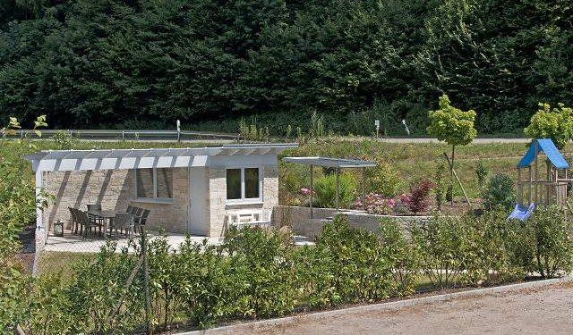 sitzplatz terrasse oppenau huber gartenbau. Black Bedroom Furniture Sets. Home Design Ideas